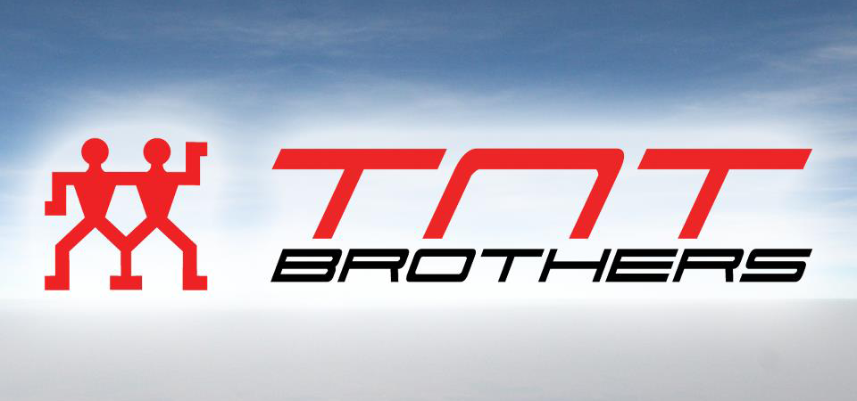 TNT Brothers - Parasutism Bucuresti